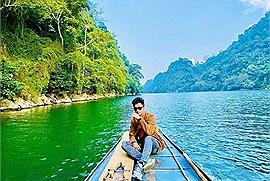 """Lụi tim trước """"viên ngọc xanh"""" Hồ Ba Bể - một trong 16 hồ nước đẹp nhất Thế giới"""