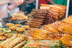 """Lang thang vài vòng ăn """"đầy một bụng"""" hải sản ở chợ đêm Phú Quốc"""