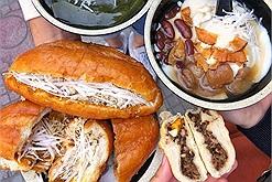"""Bánh mì pate ruốc dừa nổi tiếng Thái Bình """"du nhập"""" về Hà Nội có ngon như lời đồn?"""