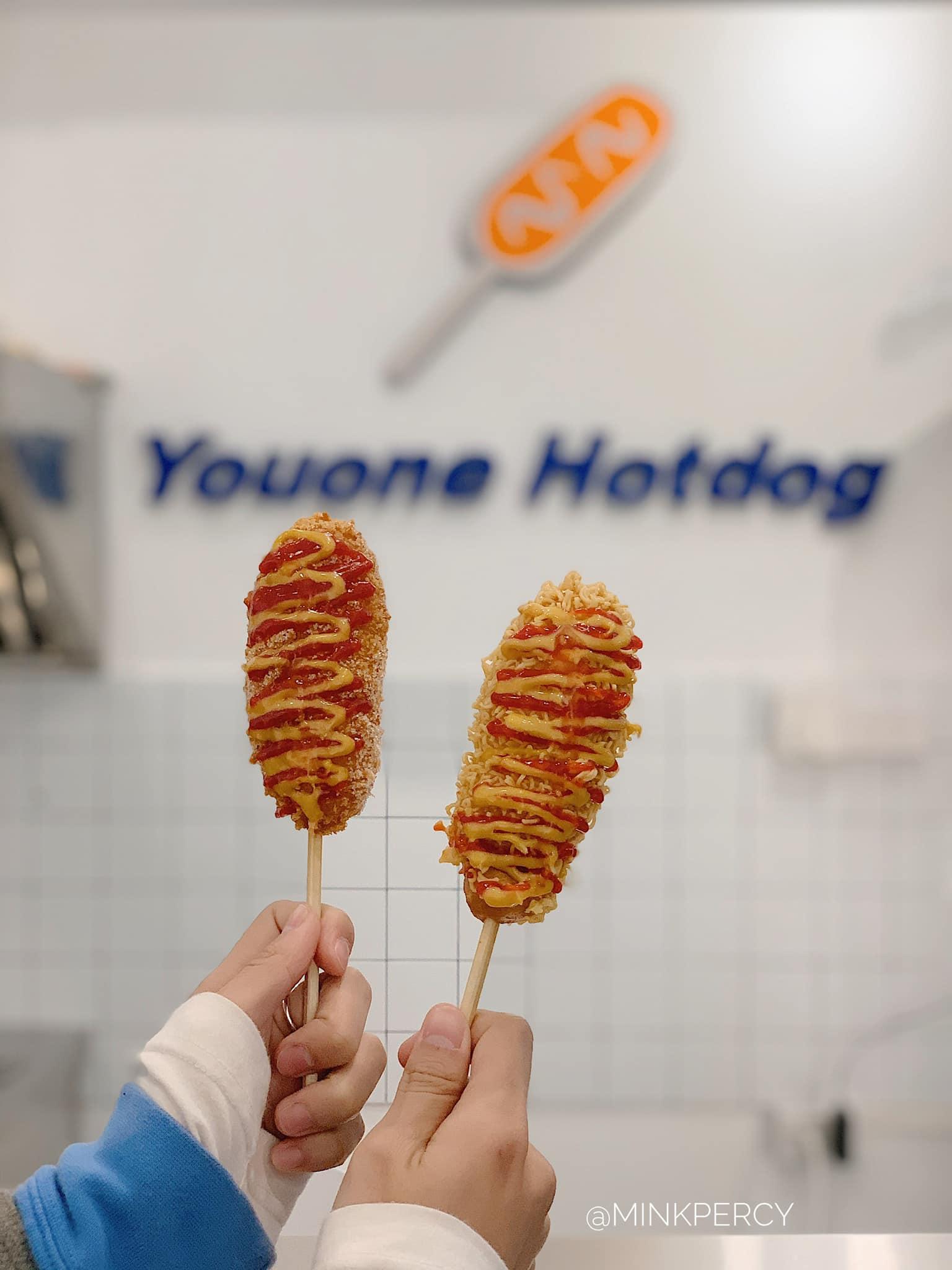 Youone Hotdog - thương hiệu bán hotdog rất được ưa chuộng