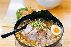 Mỳ Ramen 69k đông người Nhật ăn nhất trên đường Lê Đại Hành