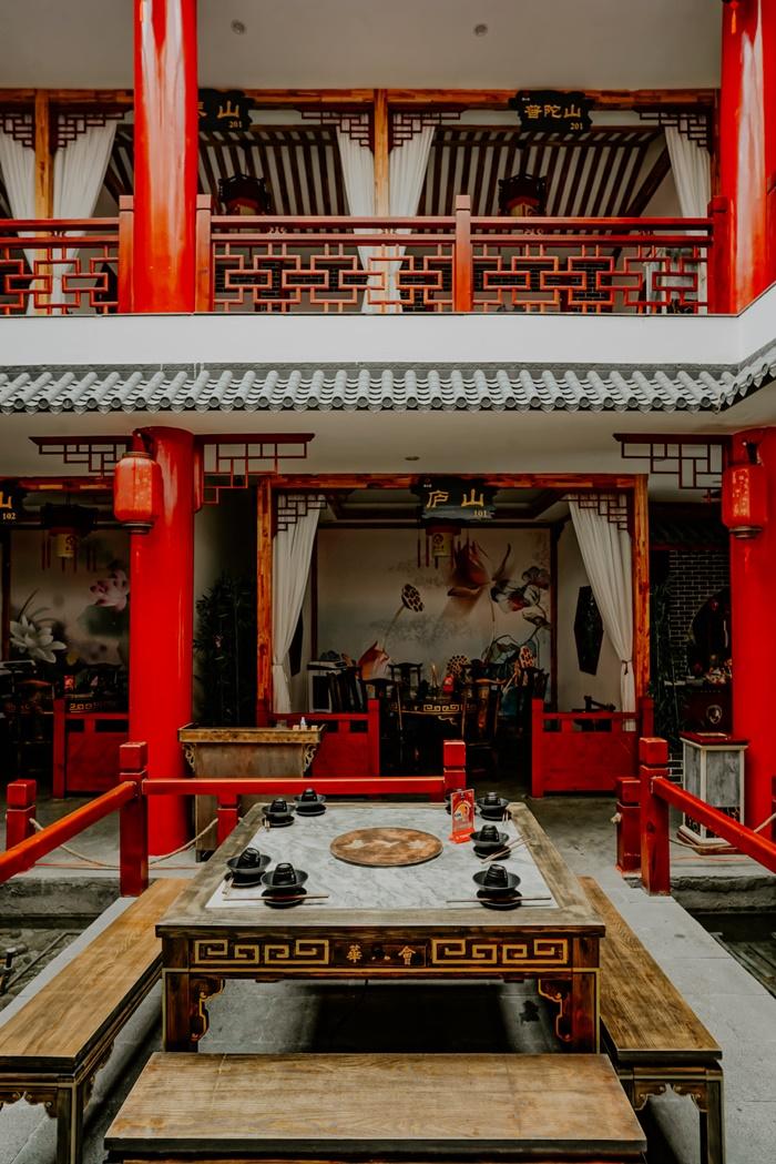 quán lẩu phong cách Trung Hoa