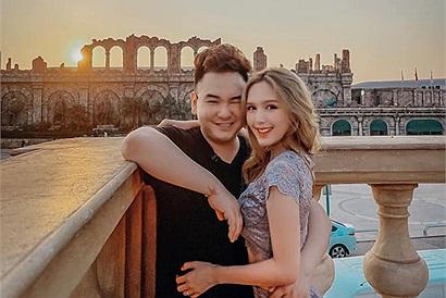 """Giữa tâm bão """"Trà xanh"""", Xemesis vẫn dẫn Xoài non đi Phú Quốc, không biết chuyện gì xảy ra mà về nhà anh chàng lại khuyên anh em cưới vợ luôn đi"""
