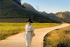 Săn mây thất bại ở Tà Xùa, cô gái vi vu khắp Sơn La phát hiện còn vô số cảnh đẹp