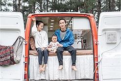 Cặp vợ chồng bỏ hơn 200 triệu biến xe thành nhà, đi gần hết Việt Nam trên chiếc mobihome cực chất