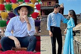 Tự dựng máy check in Đại nội Huế như cặp đôi Việt – Hàn, vừa đẹp xỉu vừa an toàn, hạn chế tiếp xúc người khác