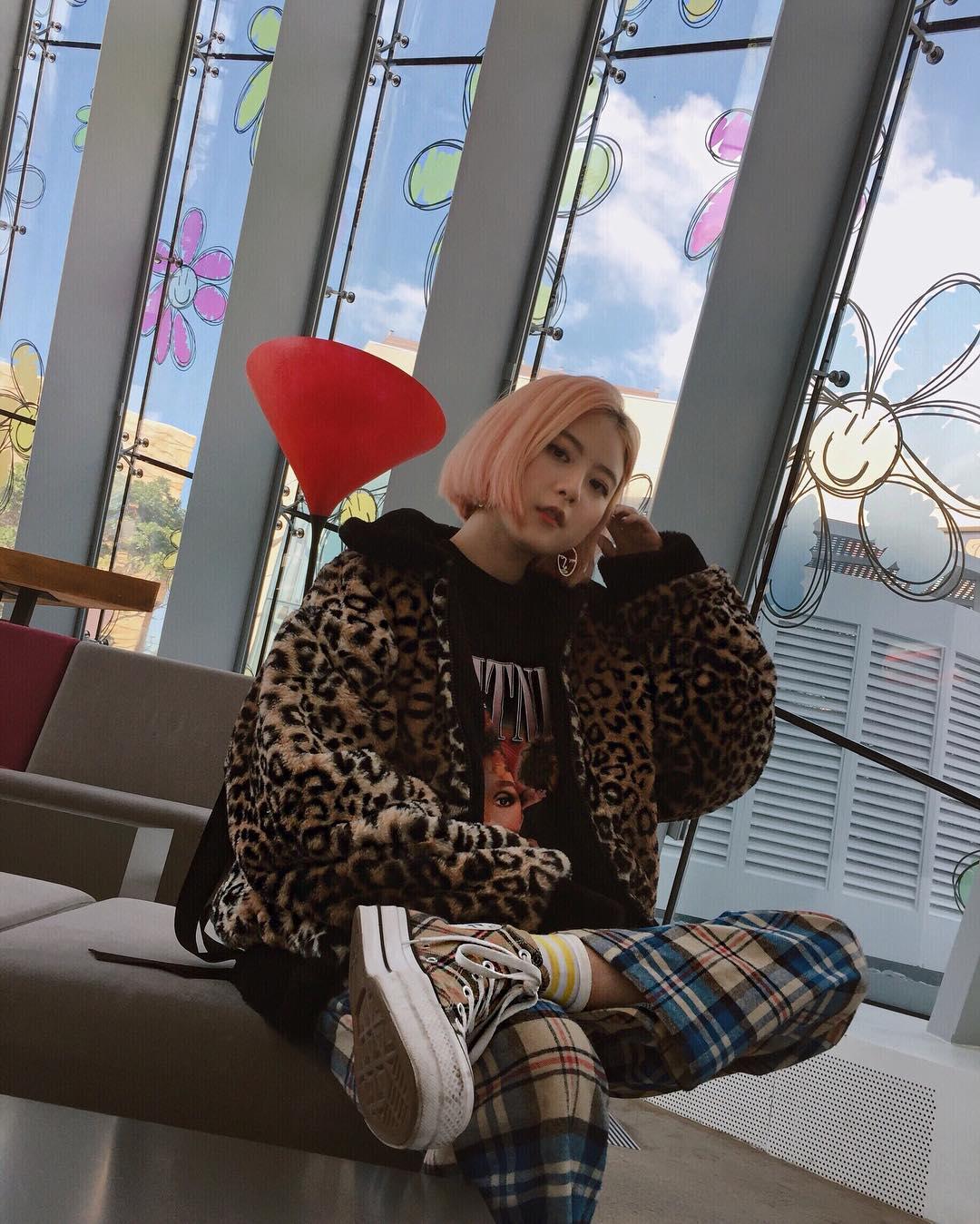 quán cafe của G-Dragon