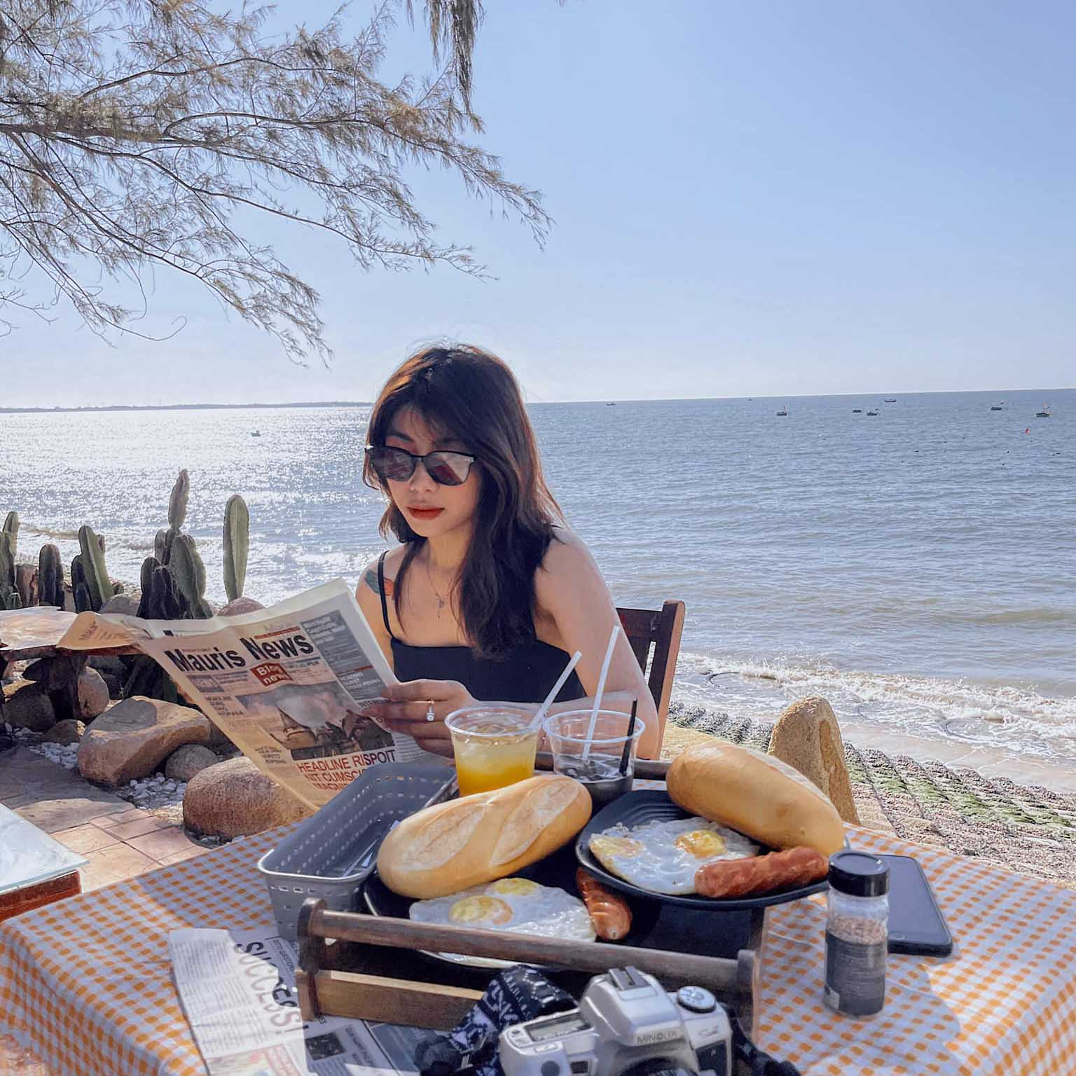 """Share gấp 2 homestay view biển triệu góc """"sống ảo"""" hot nhất Phan Thiết"""