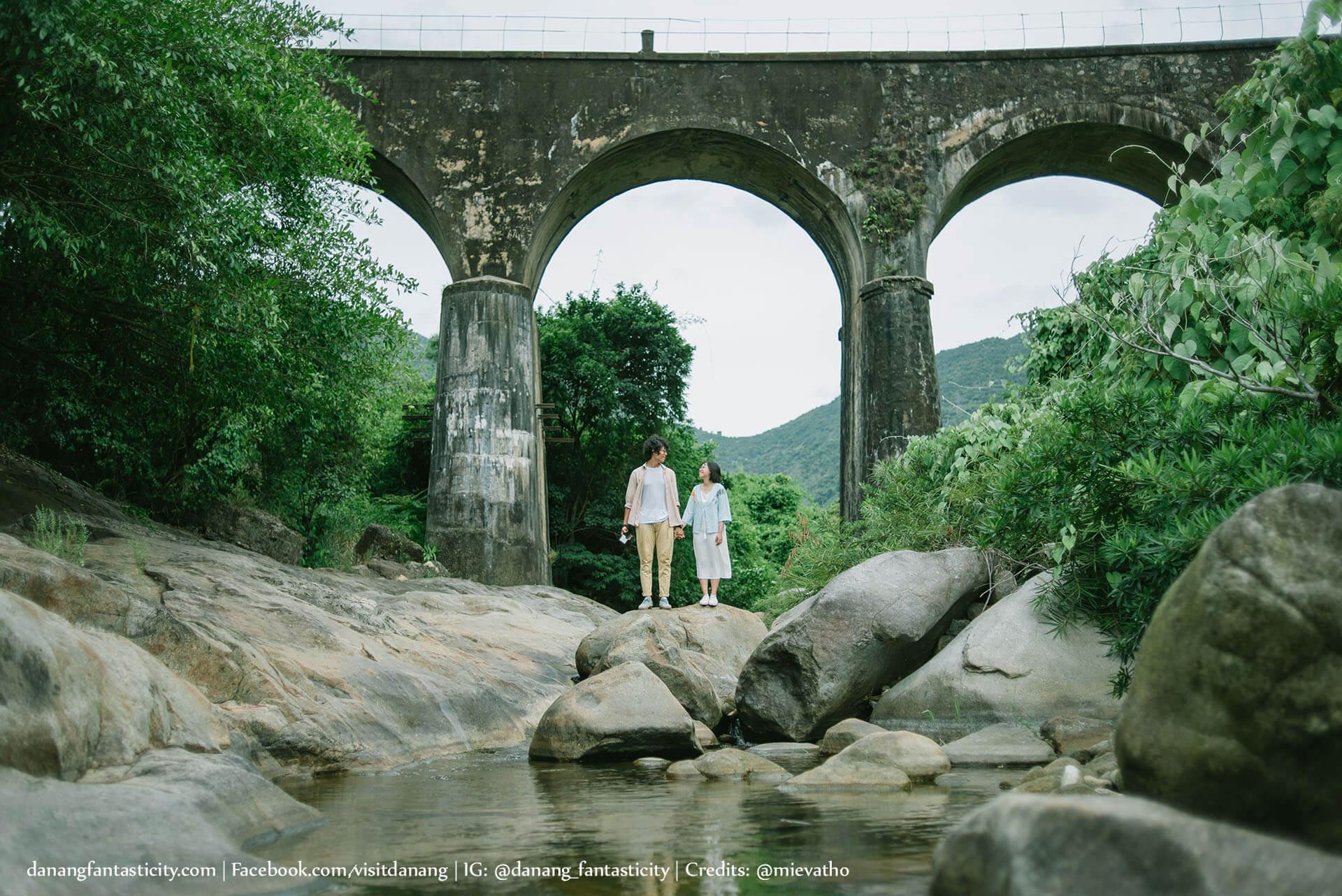 Cầu vòm Đồn Cả đẹp như trong phim