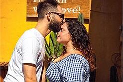 """Bộ ảnh kỷ niệm 7 năm ở Hội An của cặp đôi có ngoại hình chênh lệch khiến dân mạng phải nói """"tình yêu đích thực là đây"""""""