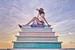 Chưa biết sống ảo với hoàng hôn ở đâu đỉnh nhất khi đi du lịch hè Phú Quốc, đến ngay Sunset Sanato Resort & Villas