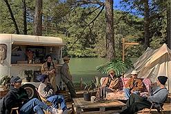 """""""Tất tần tật"""" về trào lưu cắm trại đang hot """"rần rần"""" ở Đà Lạt, hoà mình vào thiên nhiên mà không kém phần sang chảnh"""