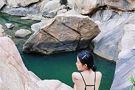 """Ai mà ngờ Nha Trang cũng có một """"Tuyệt tình cốc"""" mang tên Ba Hồ, leo núi, tắm suối đều cực """"chill"""""""