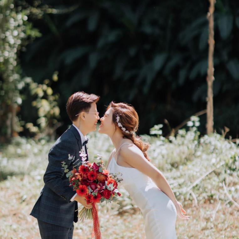 """Cặp đôi LGBT gây sốt vì tình đẹp như mơ: yêu 8 tháng, lên Đà Lạt 6 lần, phá """"lời nguyền"""" và cưới luôn ở Đà Lạt"""