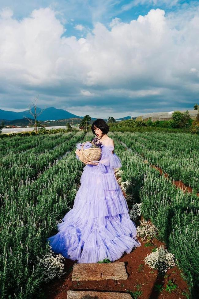 Thuê trang phục tại lavender túi thương nhớ đà lạt