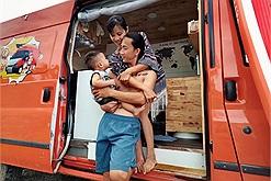 """Cặp vợ chồng chi 200 triệu """"biến"""" xe cũ thành nhà di động, cùng nhau rong ruổi khắp Việt Nam"""