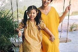 Checkin-holic2: Kỷ niệm đáng nhớ của hai mẹ con tại vùng biển xinh đẹp Nha Trang