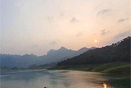 Checkin-holic 2: Na Hang - một địa điểm du lịch mới ở Tây Bắc.