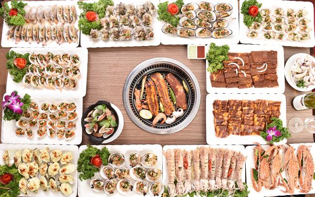 nhà hàng hải sản Hà Nội Buffet Chef Dzung