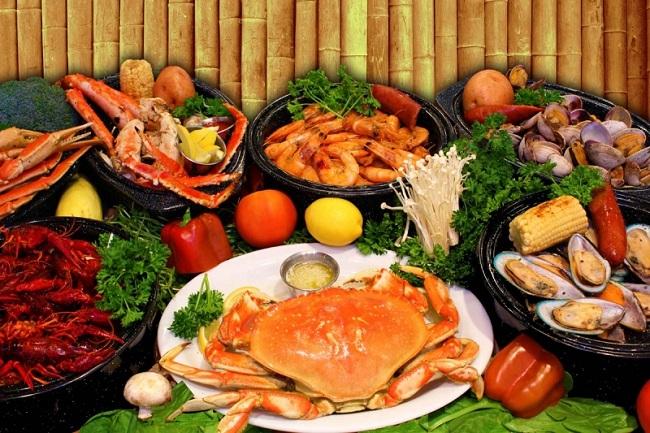 hải sản ngon rẻ ở Hà Nội tại nhà hàng Biển Đông