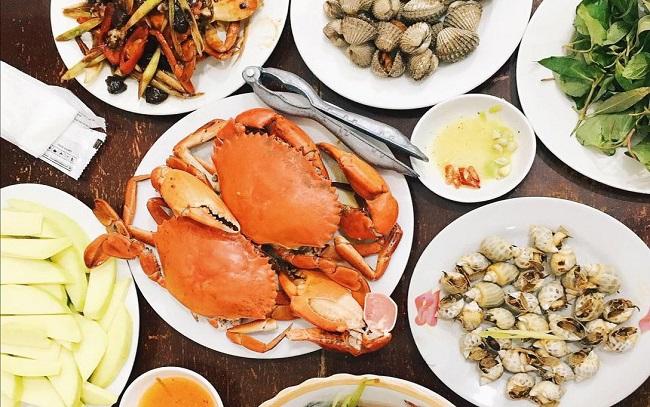 hải sản ngon rẻ Hà Nội Tomato Lê Văn Hưu