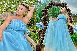 """Lương Bằng Quang diện váy """"nàng thơ"""" làm trò khó hiểu giữa vườn hoa trong dịp trở lại Đà Lạt cùng tình trẻ Ngân 98"""