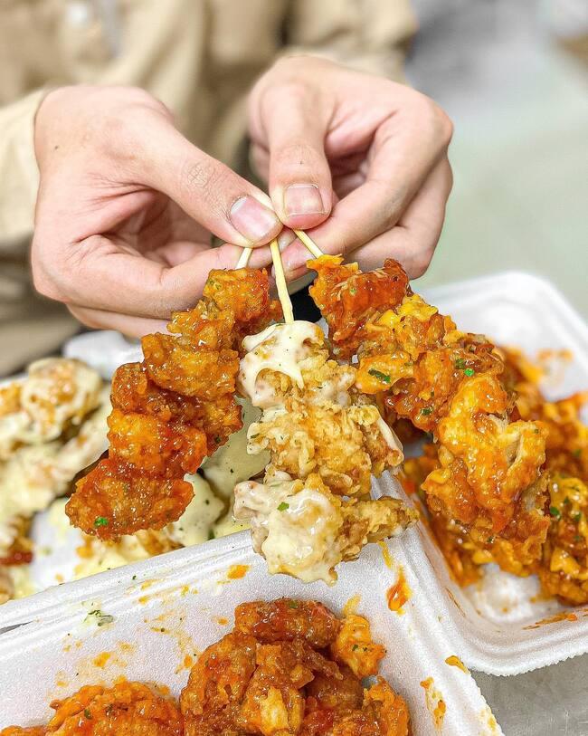 gà sốt vị Hàn Quốc siêu ngon tại hồ thị kỷ quận 10