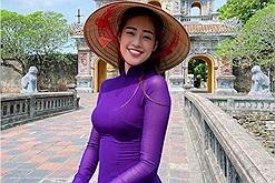 """Nguyễn Trần Khánh Vân - Top 21 Miss Universe 2020 xứng đáng là """"nàng hậu"""" đam mê du lịch nhất Vbiz với loạt ảnh check in """"cháy máy"""" đăng cả năm không hết"""