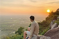 """NÓNG: Từ tháng 5 này, du khách không thể trekking núi Bà Đen - """"nóc nhà của miền Nam"""""""