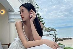 Chiêm ngưỡng vẻ đẹp cực phẩm của nàng thơ Jun Vũ tại thành phố biển Vũng Tàu