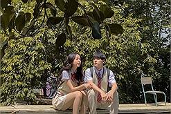 """Ngắm nhìn một Đà Lạt vừa tình, vừa thơ trong MV """"Răng khôn"""" mới nhất của ca sĩ Phí Phương Anh"""