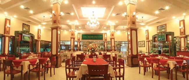 khu nhà hàng sang trọng của sân golf long thành