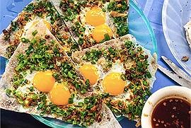 """Food tour du lịch Đà Nẵng đã """"sẵn sàng"""" sau thông báo thành phố mở cửa trở lại hàng loạt dịch vụ nhà hàng, bãi tắm"""