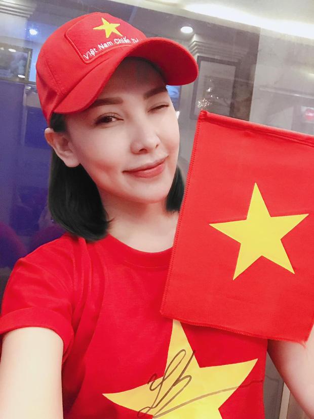Sao nữ hiếm hoi được Tiến Linh follow