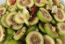 Cách làm món ăn ngon rẻ mỗi ngày từ quả sung quen thuộc