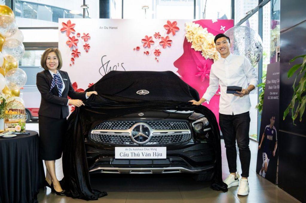 Mercedes GLC 300 bản lắp ráp trong nước của Đoàn Văn Hậu