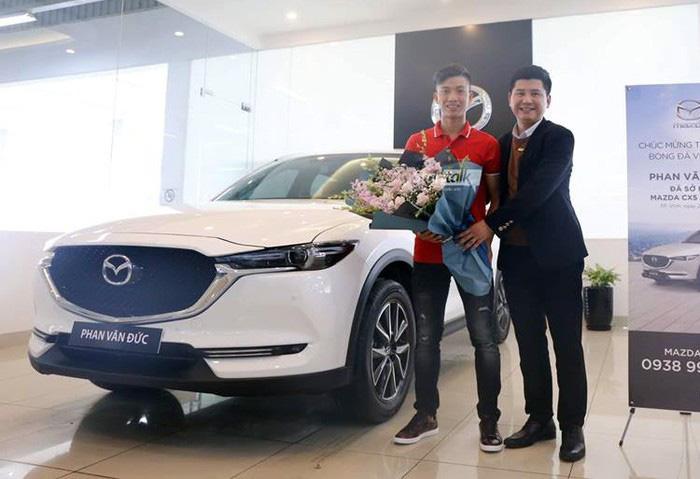 Mazda CX-5 của Phan Văn Đức