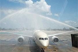 Sân bay Phuket Thái Lan chính thức mở cửa đón du khách quốc tế tới du lịch mà không cần cách ly