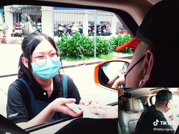 Fabo Nguyễn giúp đỡ người lao động Sài Gòn
