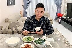 Bữa cơm của Quang Lê toàn món ăn truyền thống Việt Nam dễ làm