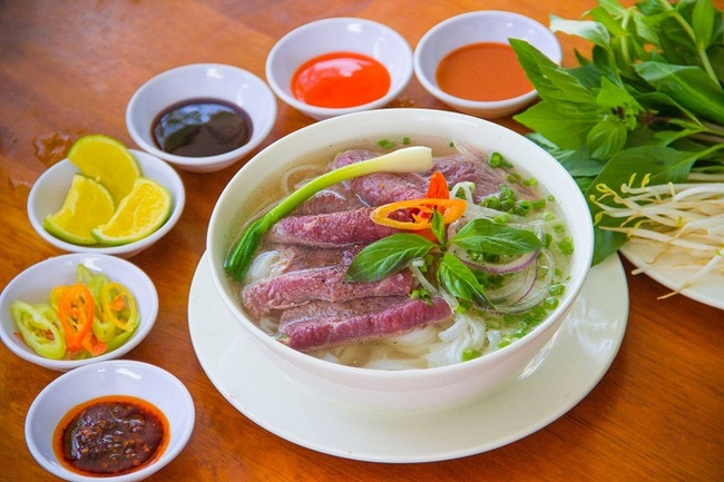 phở thìn - Truy lùng 5 hàng phở ngon nhất Hà Nội để khỏi lo thực đơn cho bữa sáng