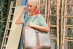 Quỳnh Anh Shyn khoe ảnh đi xõa ở Hà Nội nhưng dân tình chỉ chú ý đến loạt outfits cực chất lượng này