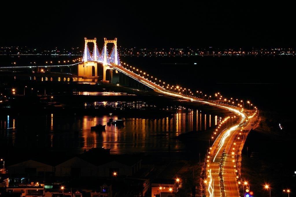 Cầu Thuận Phước là cây cầu độc đáo tại Đà Nẵng