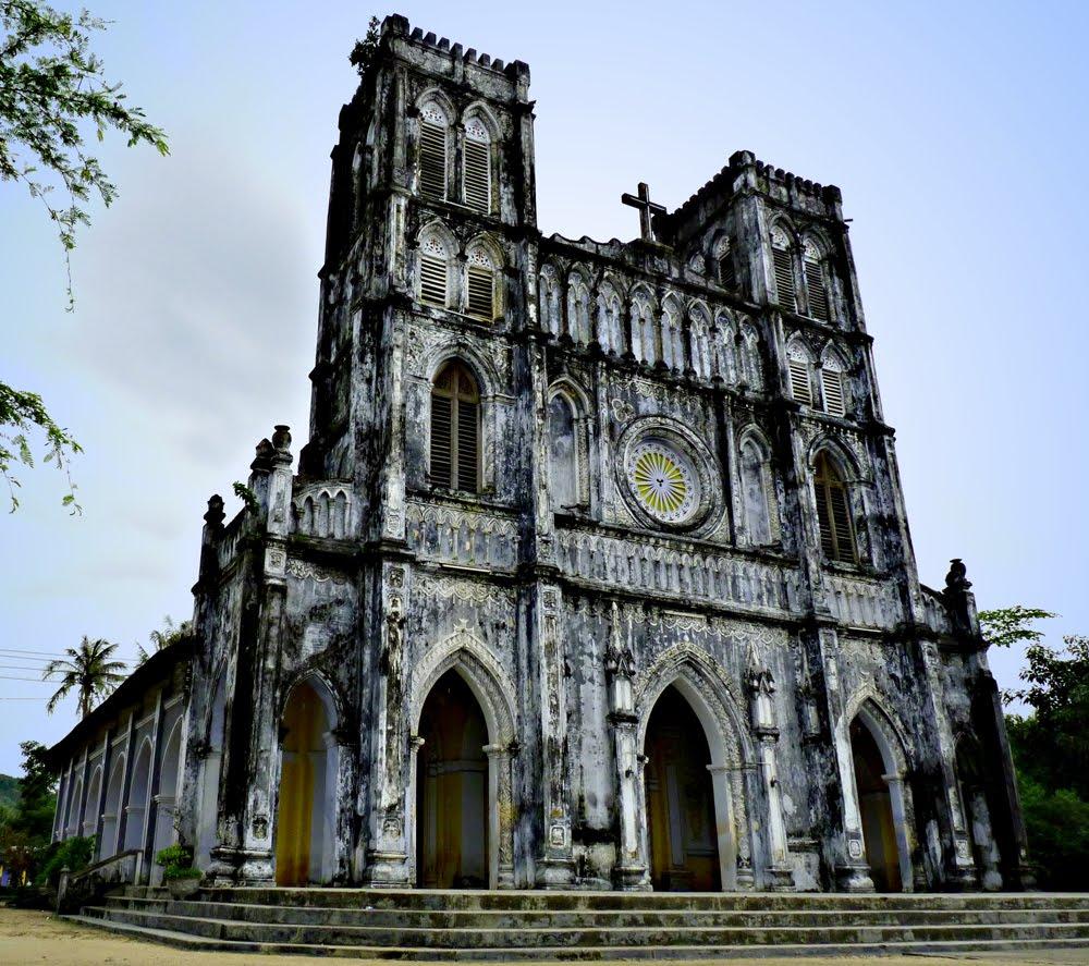 Nhà thờ Mằng Lăng - công trình kiến trúc cổ tại Phú Yên