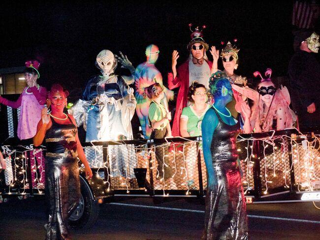Mỹ - Lễ hội người ngoài hành tinh Roswell UFO