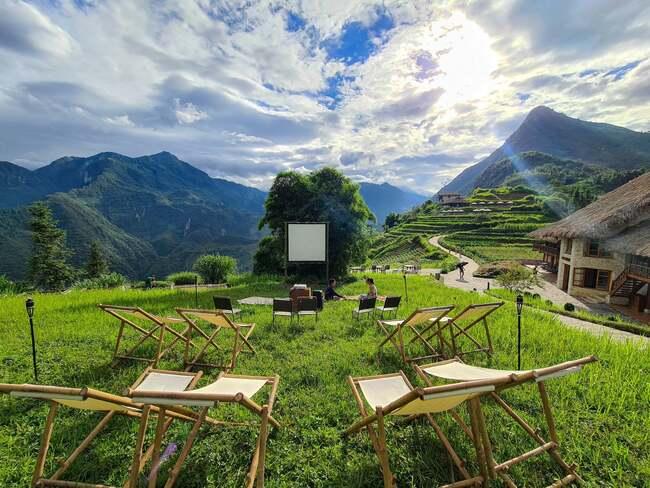 Bamboo Cinema - Toạ độ xem phim ngoài trời xịn xò tại khu du lịch Sapa