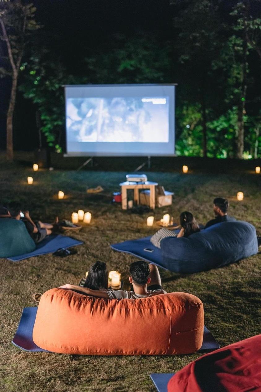 5 rạp chiếu phim ngoài trời ngắm rừng ngắm biển siêu mê