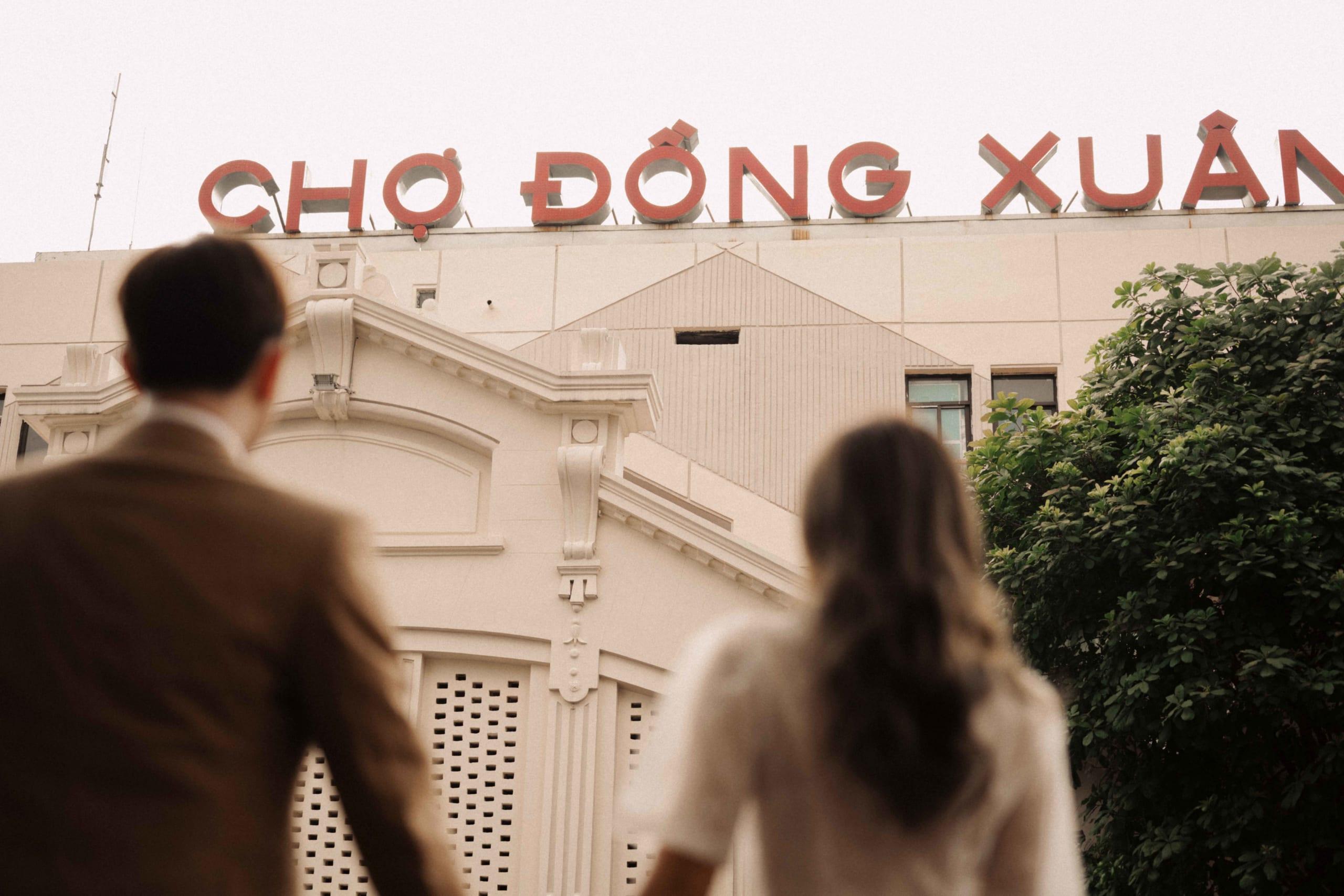 check in chợ Đồng Xuân