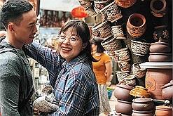 Chán Hà Nội xô bồ, cùng đưa nhau đi trốn 1 ngày tại làng gốm Bát Tràng