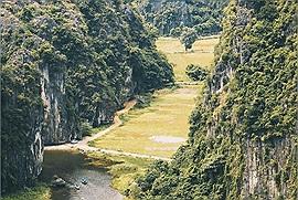Có một Vịnh Hạ Long trên cạn ngay trên mảnh đất Cố Đô mang tên Tam Cốc - Bích Động